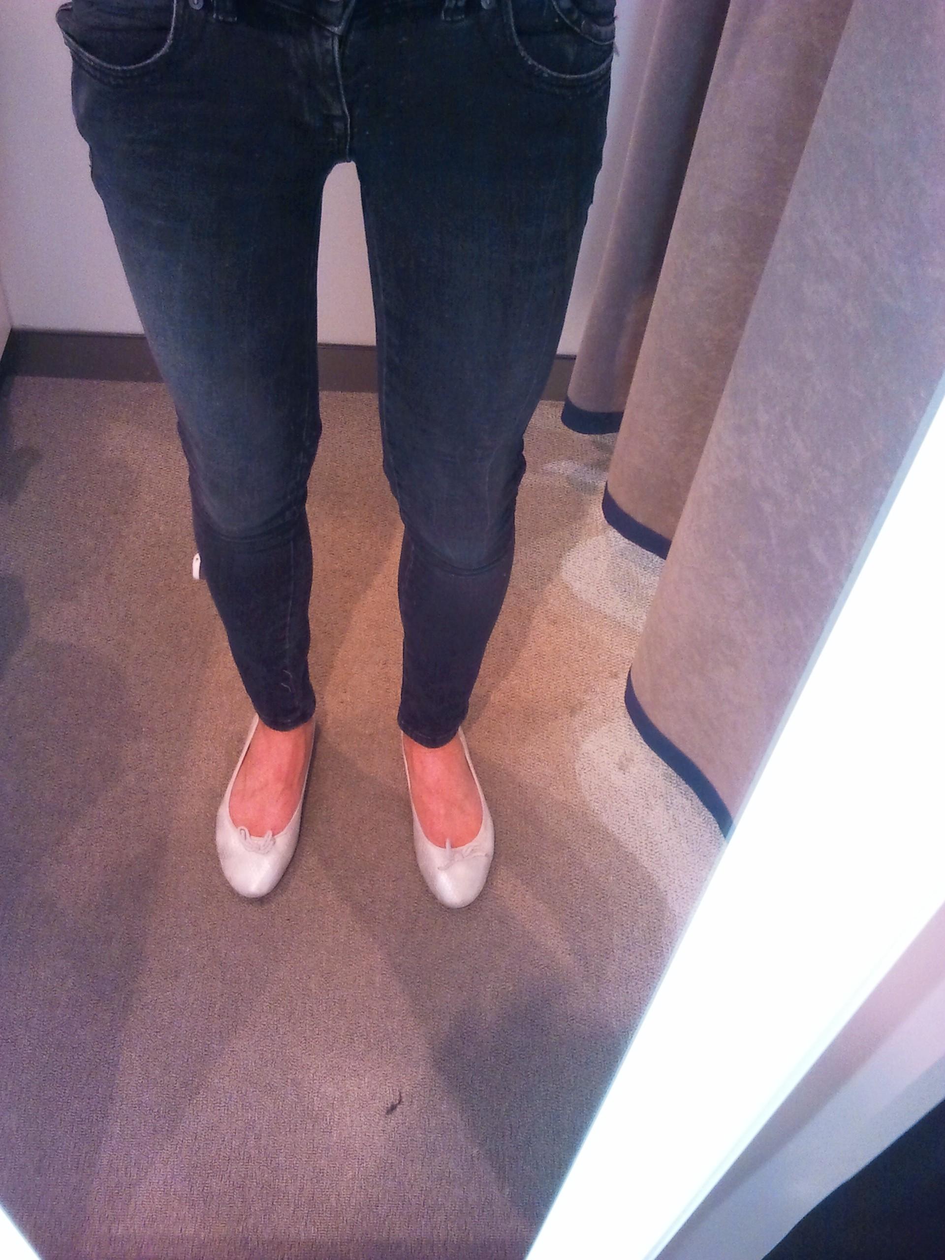 Passt das Outfit zusammen (Skinny+Stiefel/Ballerinas