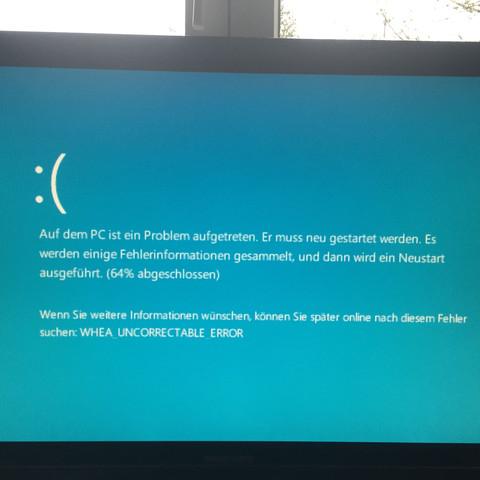 Hier der Fehler, er kommt jedes mal wenn ich versuche den PC ein zu schalten.. - (PC, Windows, Fehler)