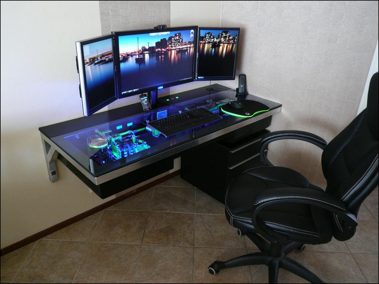 pc tisch hardware im tisch eingebaut gaming m bel. Black Bedroom Furniture Sets. Home Design Ideas