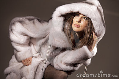 dieser hier ;) - (Mode, Winter, Pelz)