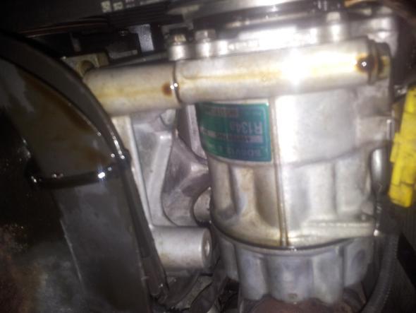 foto 4 - (Auto, KFZ, Öl)