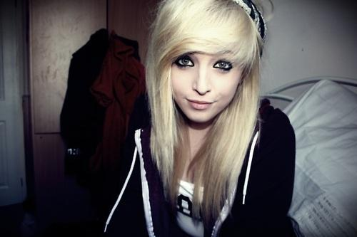 platin-blond - (Haare, Haarfarbe)