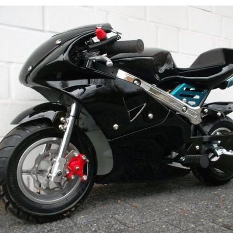 pocket bike braucht man ein bestimmtes benzin wen ja. Black Bedroom Furniture Sets. Home Design Ideas