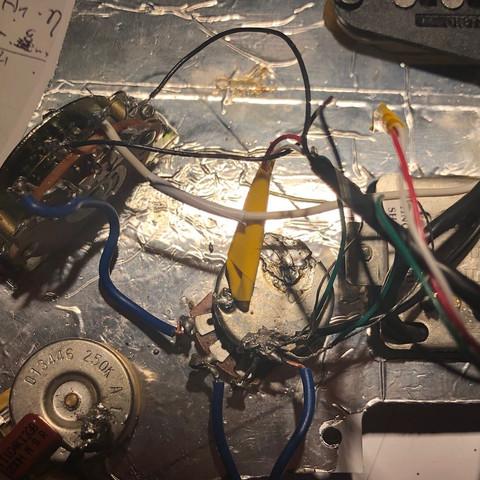 Probleme beim verlöten von Humbucker und Single Coil, kein Output wo ...