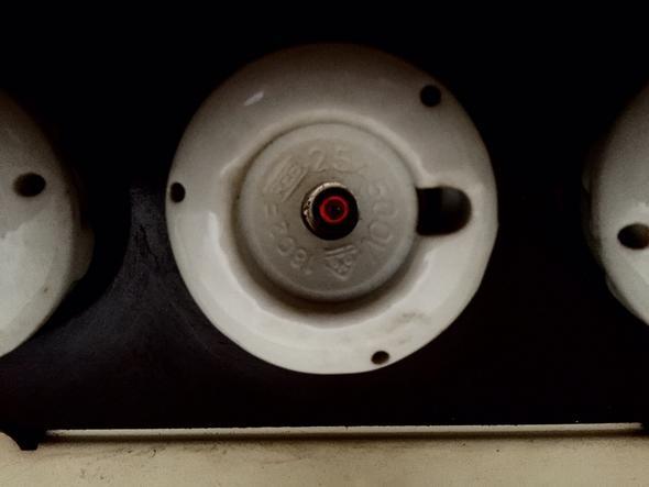 probleme mit 25a schmelzsicherung in wohnung elektronik. Black Bedroom Furniture Sets. Home Design Ideas