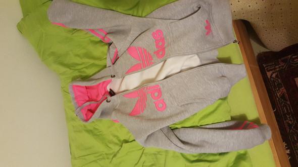 Ganz - (Mode, Kleidung, Klamotten)