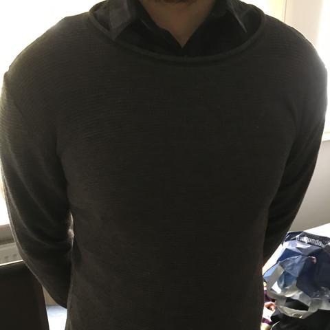 Pullover Uber Hemd Sieht Das Gut Aus Beziehung Freunde Mode