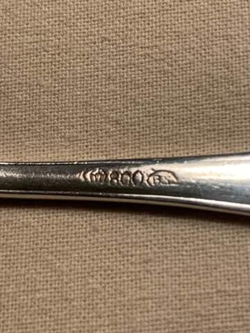 Punzen? Wer kennt die Hersteller für diese Silberpunzen auf Besteck?