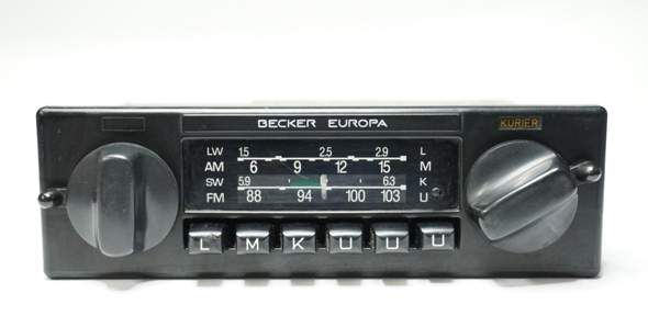 Radioumbau Mercedes W123 - 230CE?