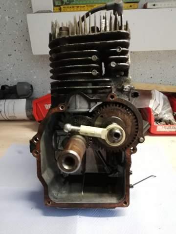 Rasenmäher motor Umbauen auf horizontale Kurbelwelle?
