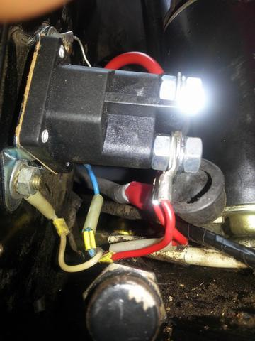 Rasentraktor springt nicht an - Magnetschalter- (Elektrik, defekt ...