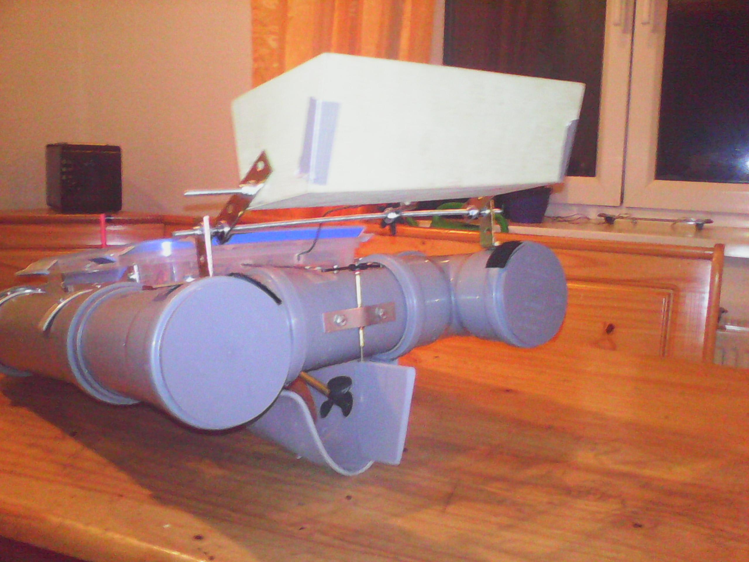 rc futterboot angeln modellbau schiff rc modellbau. Black Bedroom Furniture Sets. Home Design Ideas