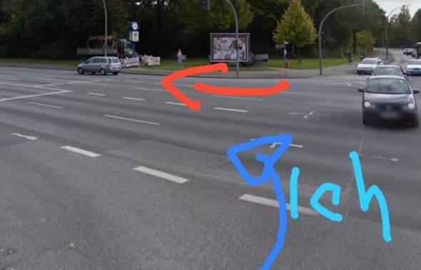 - (Auto und Motorrad, Verkehr, vorfahrt)