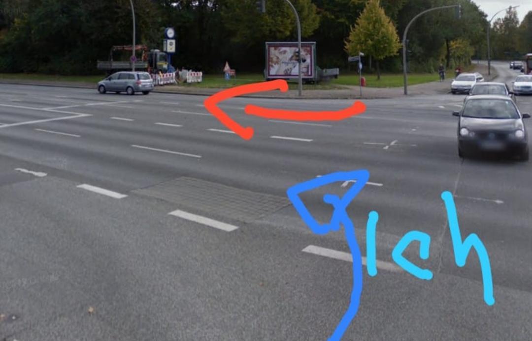 Rechts vor links? Kreuzung? (Auto und Motorrad, Verkehr