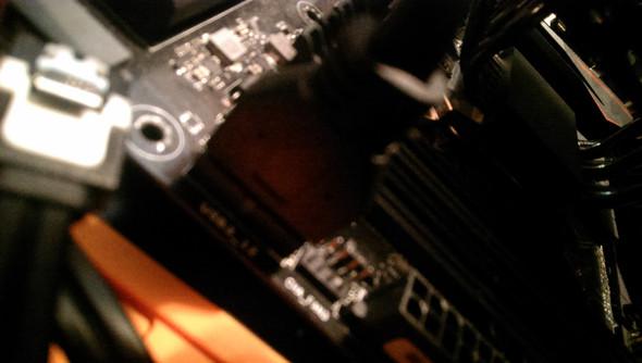 Reedit: Wie USB 3.0 Kabel vom Mainboard entfernen?