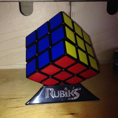 Zauberwürfel (Rubik's Cube) - (Schule, Englisch, Referat)