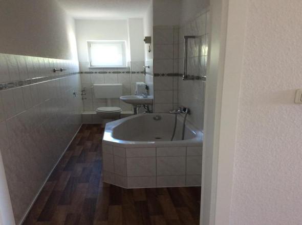 Badezimmer - (Wohnung, mieten)