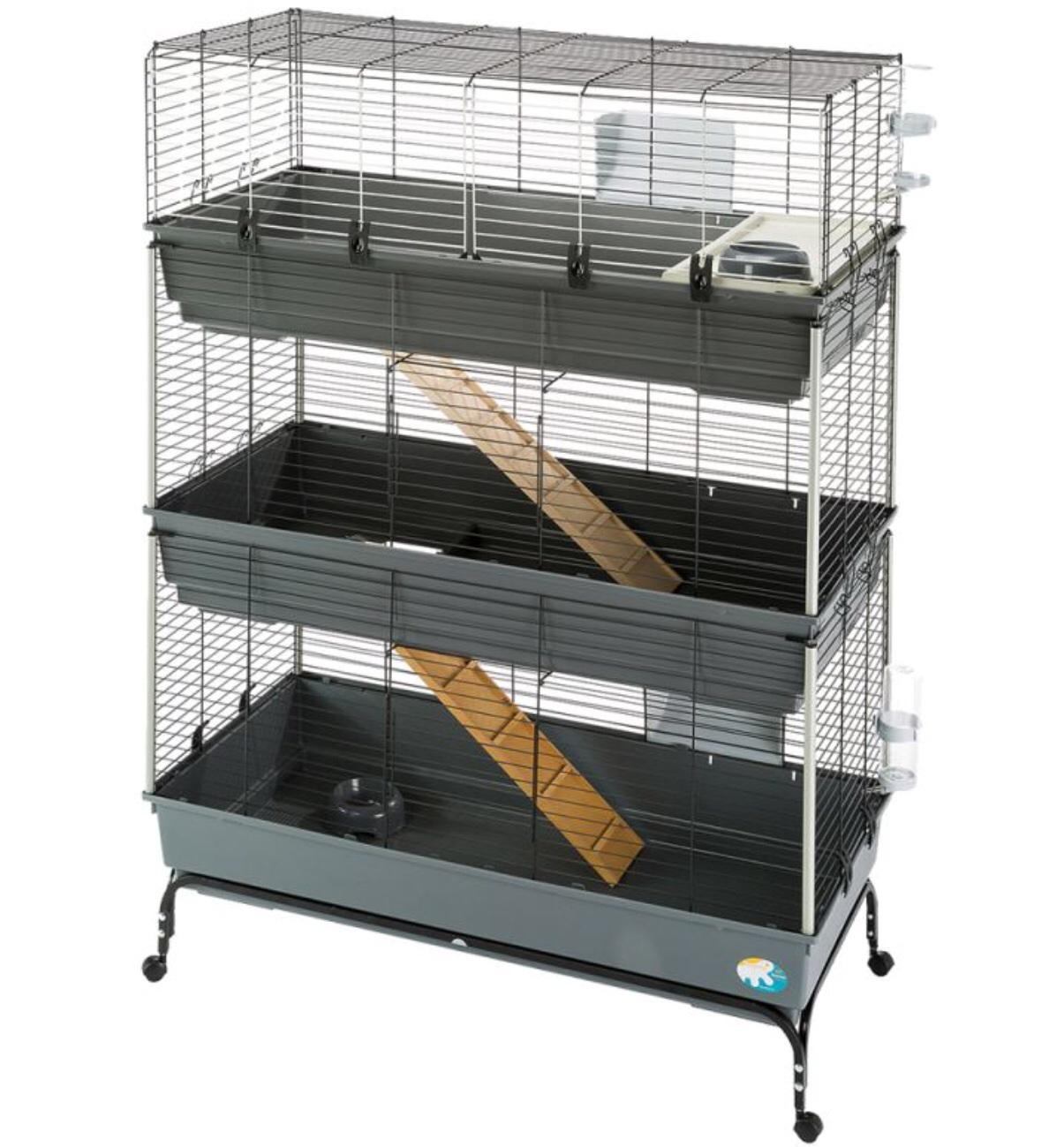 reicht dieser k fig f r zwei bis drei meerschweinchen meerschweinchenk fig. Black Bedroom Furniture Sets. Home Design Ideas