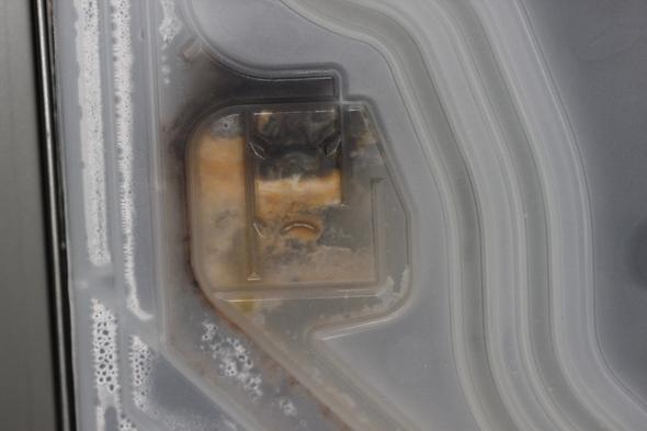 Verstopfte Stelle: vermutlich Auslauf Überdruckschalter? - (Reparatur, Küche, Haushaltsgeräte)