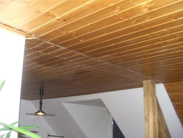 reinigung von holzdecke und weiss lackieren handwerk holz putzen. Black Bedroom Furniture Sets. Home Design Ideas
