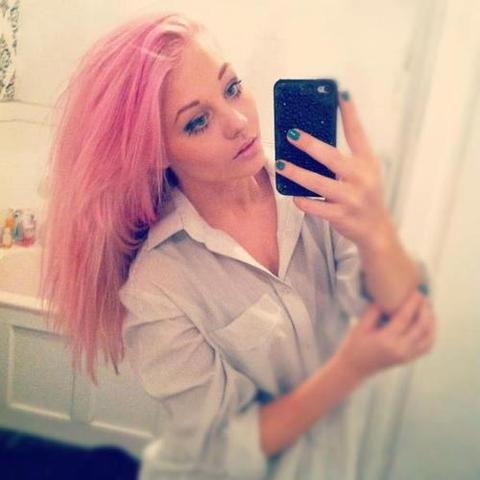 rosastich im haar haare style fà rben
