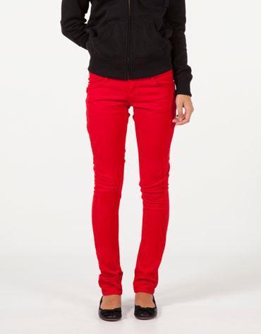 rote jeans gesucht beauty rote hose. Black Bedroom Furniture Sets. Home Design Ideas