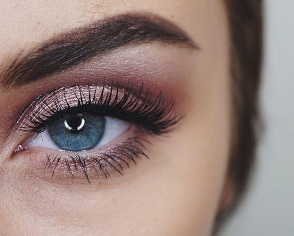 Rosa Augen Make Up Und Rote Lippen Mädchen Make Up