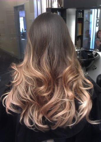 rotstich beim friseur wegfärben lassen haare färben
