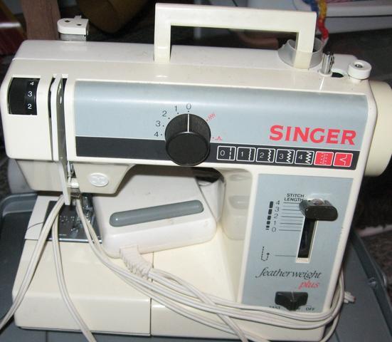 SINGER featherweight plus - (nähen, Nähmaschine, singer)
