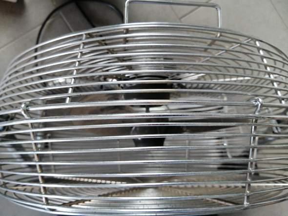 Salco CM 1802 Ventilator wie öffnen zur Reinigung?
