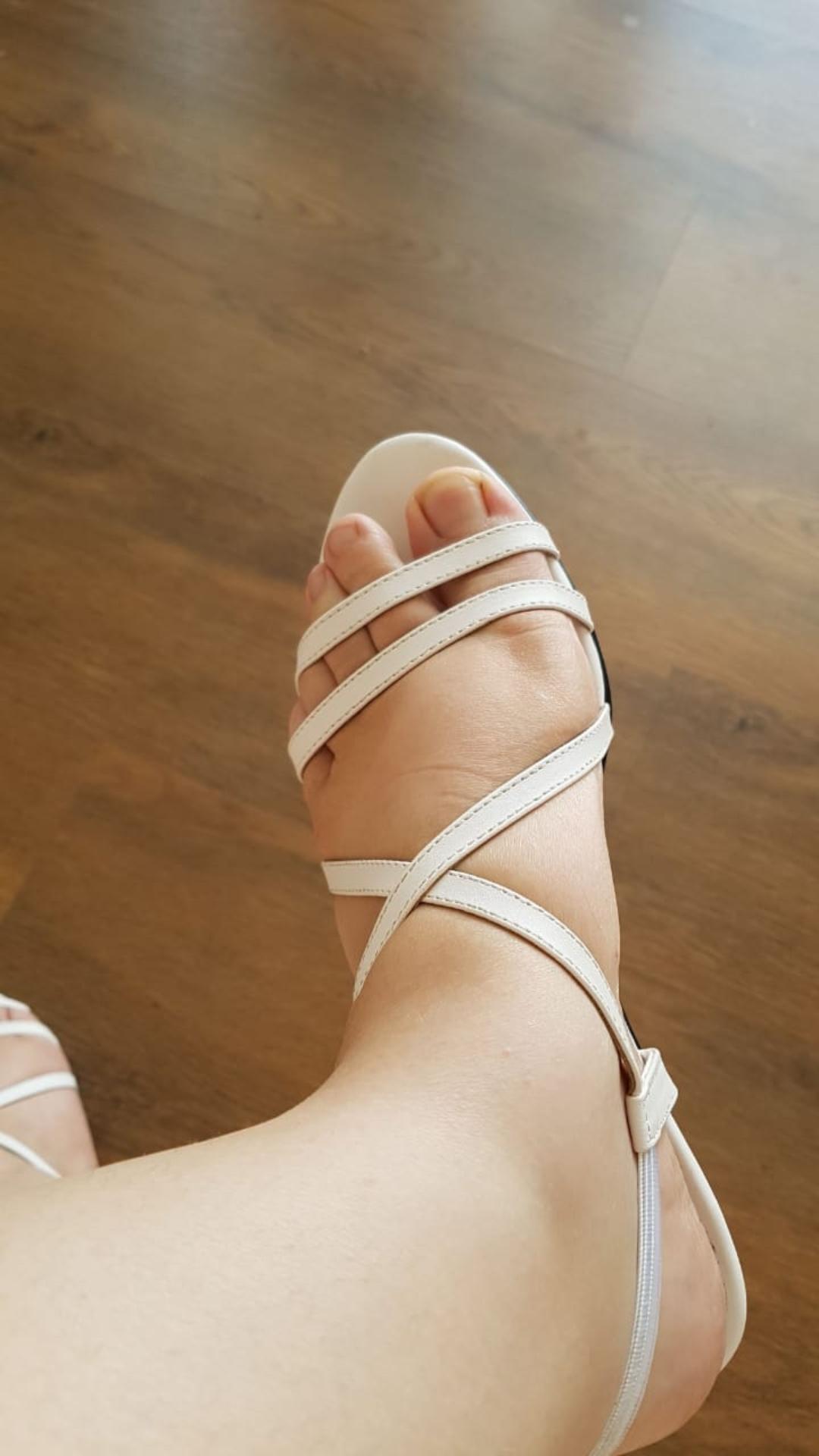 Sandalen Sandalen In Füsseschuhe Schneiden Schneiden Die Füsseschuhe Die Sandalen In Schneiden 1JcTF3Kul