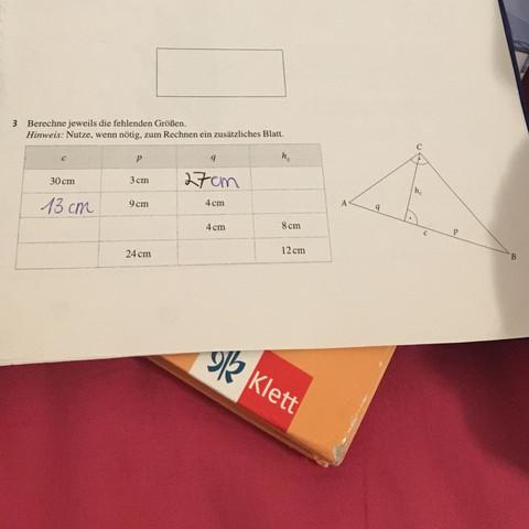 Hier bei der letzten Aufgabe (3) - (Mathe, Mathematik, Satz des Pythagoras)