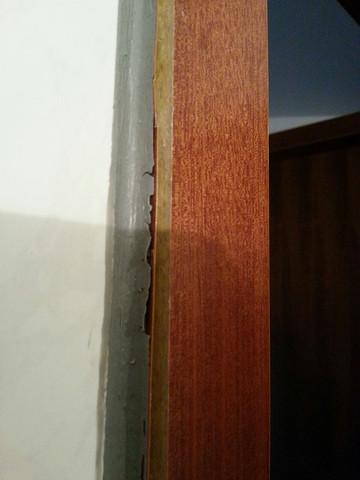 Das Furnier der Badezimmertür - (Mietrecht, Miete, Vermieter)