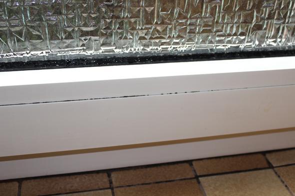 schimmerlbildung trotz l ftung vermieter reinigung schimmel. Black Bedroom Furniture Sets. Home Design Ideas