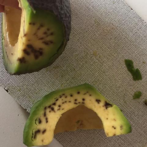 Hat braune punkte avocado Ab wann