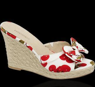 Der Riemen vorne (mit der Schleife) - (Beauty, Schuhe, Tipps)