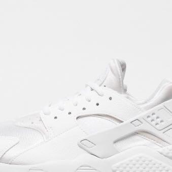 SCHUHE GESUCHT Nike Air Huarache? (online, Kleidung, Shop)