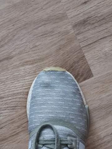 Schuhe sind nach einer Weile durch gerieben?