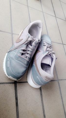 Schuhe verfärbt? (Verfärbung)