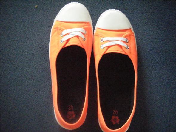 Schuhe zu eng umtausch