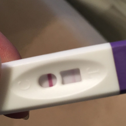 Hier der Test mit der Leichten Linie🤔 - (Schwangerschaftstest, positiv oder negativ)