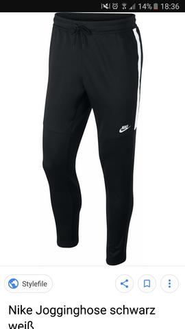 d8d2ea577e1ad0 Schwarze Nike Jogginghose  (ausverkauft)