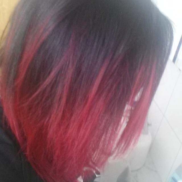 Schwarze Und Pinke Haare Blondieren Geht Das Gleichmäßig Beauty
