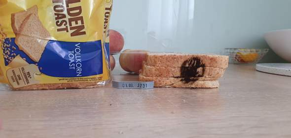 Schwarzer Fleck am Toast?