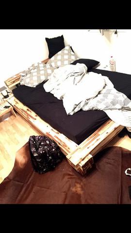 Schweizer Massivholzbett - (Schweiz, Holz, Bett)