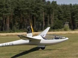 hier das Segelflugzeug - (Freizeit, Hobby, Spass)