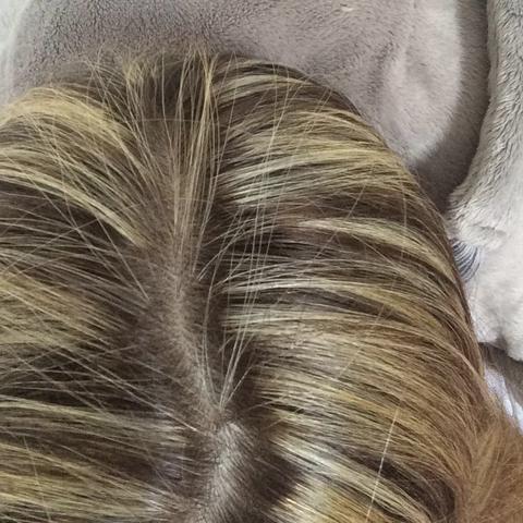 sehe aus wie ein streifenh rnchen nach dem friseur haare blond blondieren. Black Bedroom Furniture Sets. Home Design Ideas