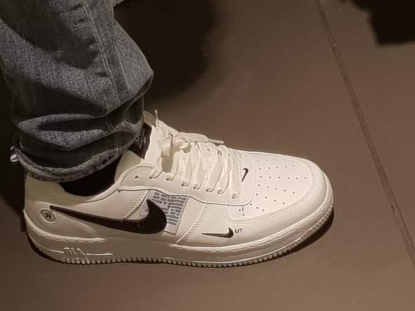 Sehen diese Nike Schuhe gefälscht aus?