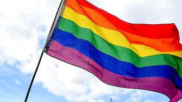 Seit ihr für LGBT 🏳️🌈 oder dagegen?