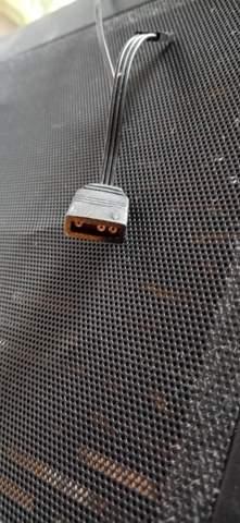 Servus frage kann mir einer sagen ob das Asus 470 Prime diesen Anschluss hat wo muss ich den anstecken?